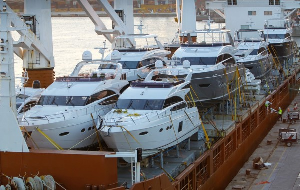 Yacht_delivery